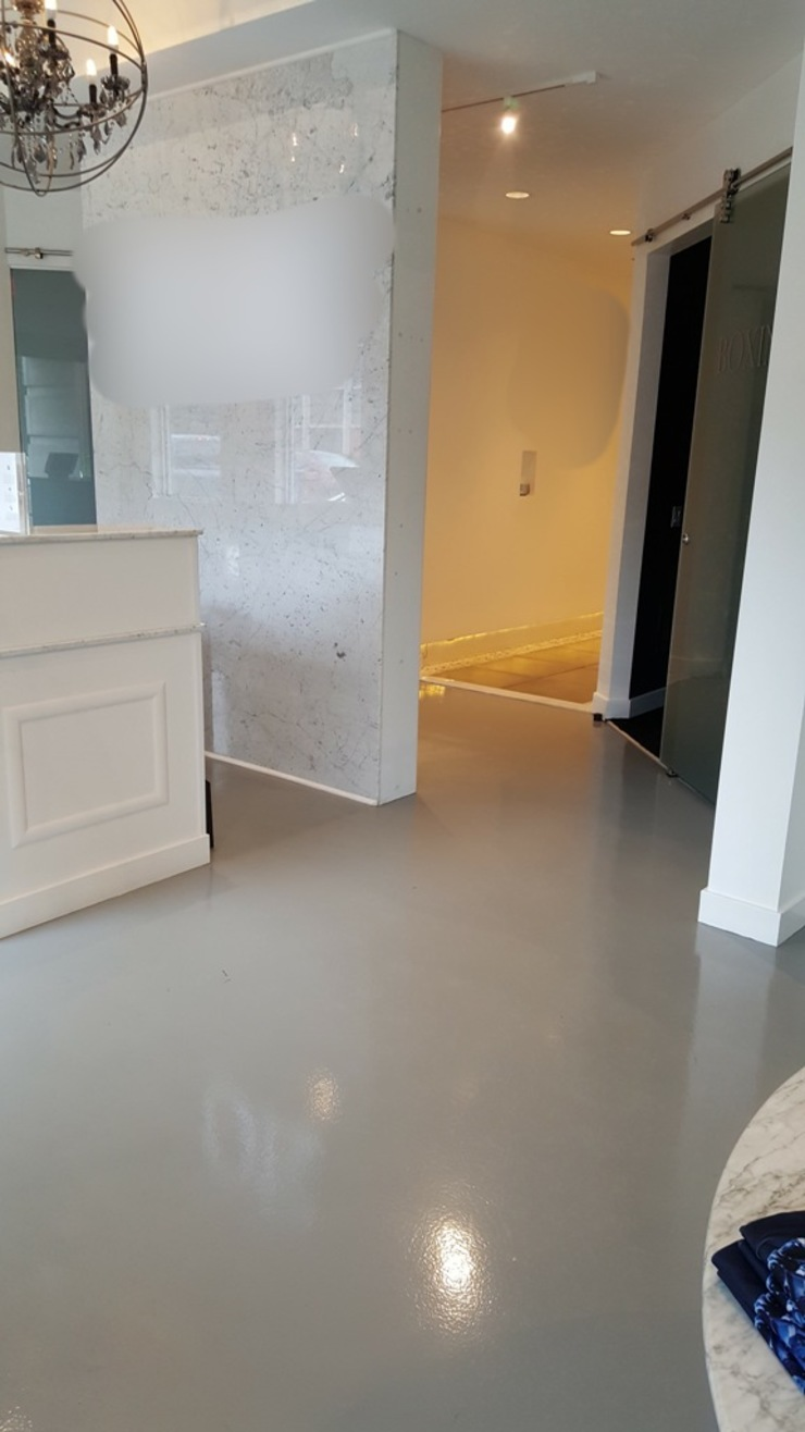 Polished Concrete Modern Corridor, Hallway and Staircase by Shine Star Flooring Modern