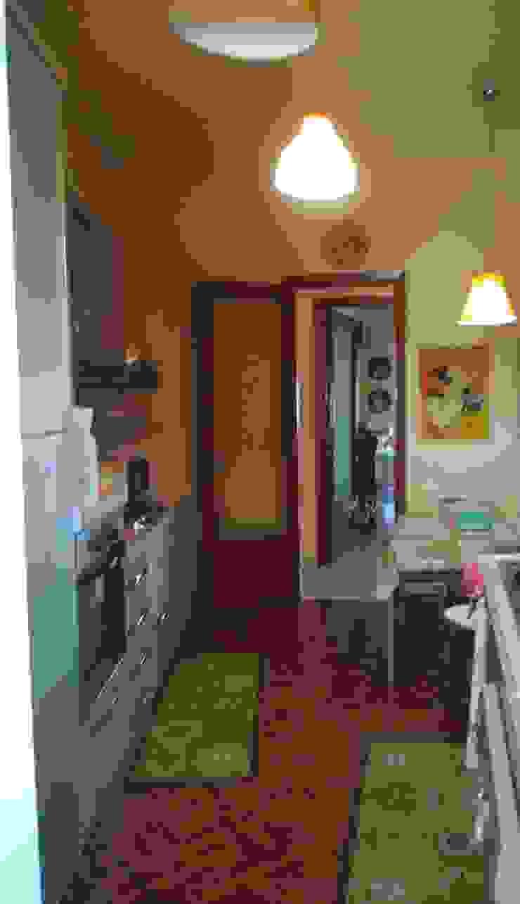 Cocinas de estilo moderno de Studio di Progettazione Arch. Tiziana Franchina Moderno
