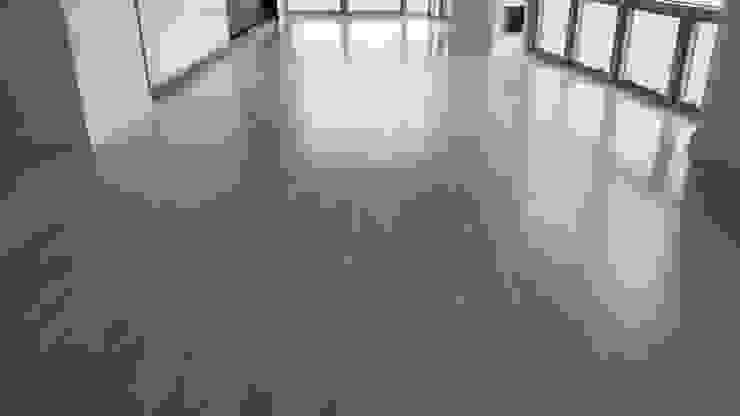 "5"" Engineered White Oak with Duraseal stain Modern Living Room by Shine Star Flooring Modern"