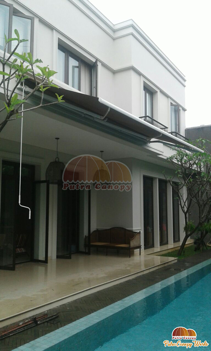 Putra Canopy Pool Textile Brown