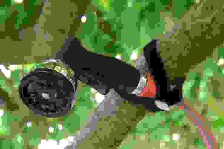 crozzfix als Gartendusche: modern  von Doc Ho UG,Modern Kunststoff Braun