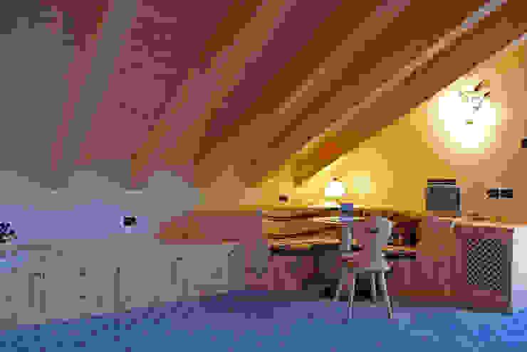Arredamenti Brigadoi DormitoriosSofas y divanes Madera Acabado en madera