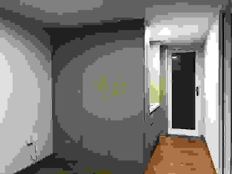 부산 이동주택 '6평 단층 마룸' 미니멀리스트 미디어 룸 by 마룸 미니멀