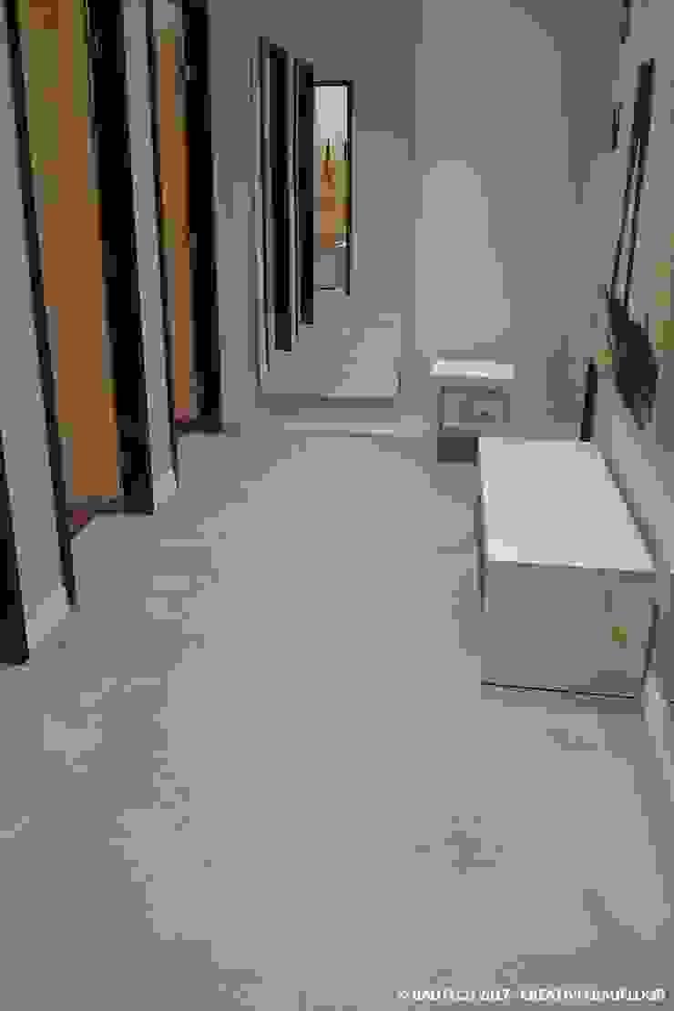 Bautech Sp. Z O.O. Commercial Spaces Concrete Grey