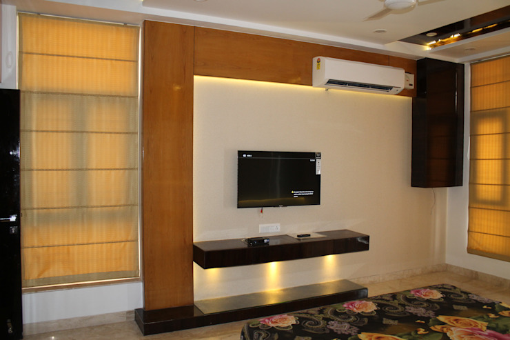 Garg Residence Modern style bedroom by KHOWAL ARCHITECTS + PLANNERS Modern