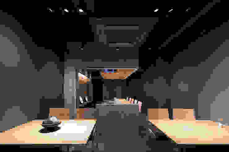 店内 の 株式会社 藤本高志建築設計事務所