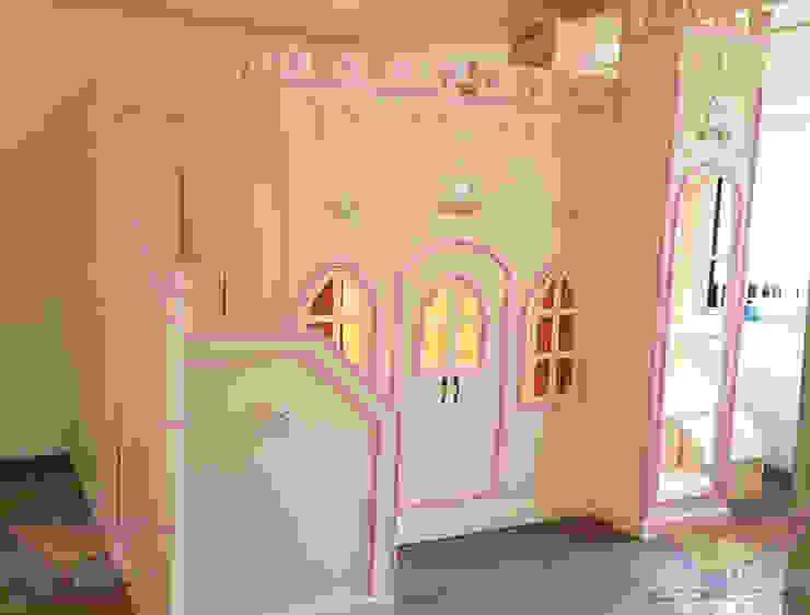 Precioso castillo opulento de lux de camas y literas infantiles kids world Clásico Derivados de madera Transparente