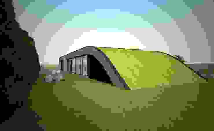 A cobertura em contacto com o jardim por Atelier 72 - Arquitetura, Lda Moderno