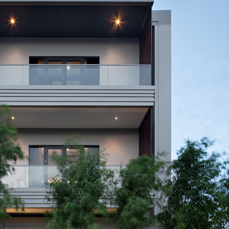 balcony Oleh alradistadesign