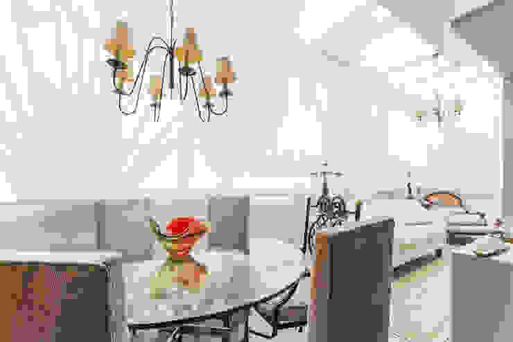 Studio Ideação Ruang Makan Klasik White