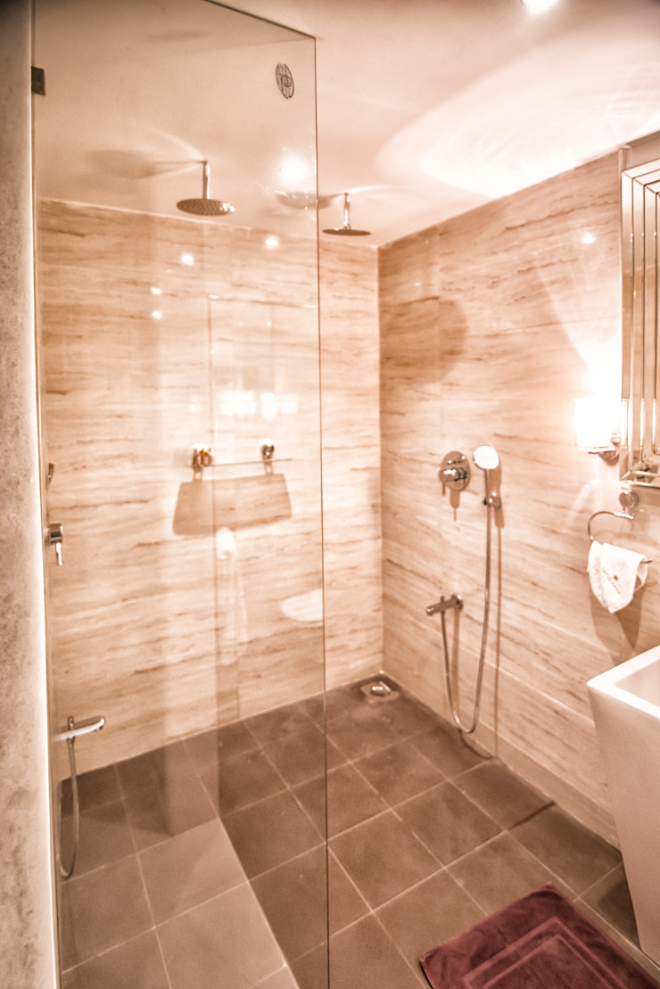 SANDEEP RESIDENCE Modern bathroom by CARTWHEEL Modern
