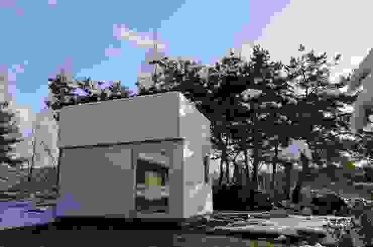 Minimalist house by 마룸 Minimalist