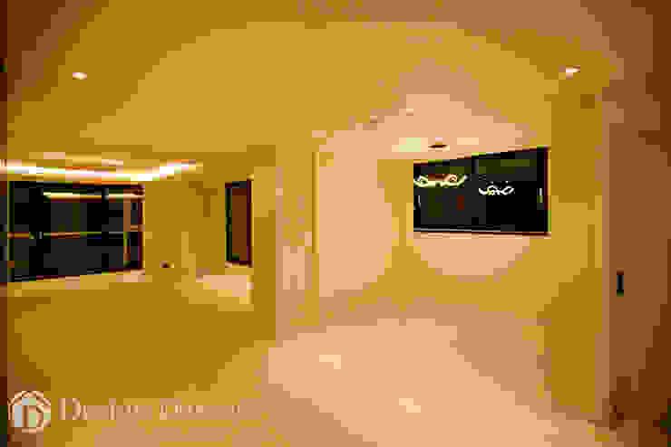 광장동 현대홈타운 12차 55평형 다이닝 공간 모던스타일 다이닝 룸 by Design Daroom 디자인다룸 모던