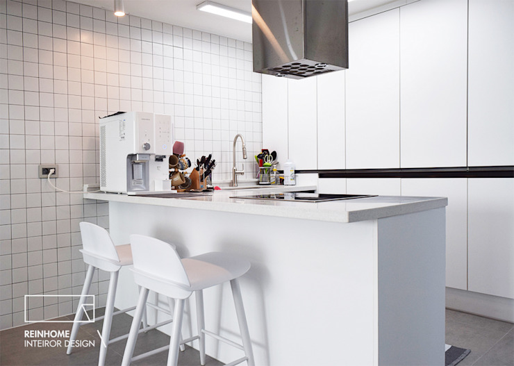 Cozinhas modernas por 리인홈인테리어디자인스튜디오 Moderno