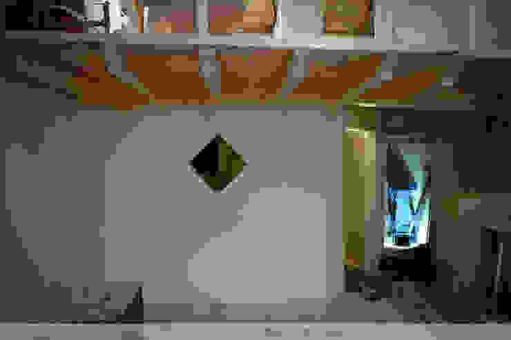 Dachausbau mit Galerie Thisalo GmbH Flur, Diele & Treppenhaus im Landhausstil