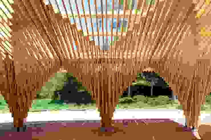 Oleh Drevo - Wood Solutions Lda Modern