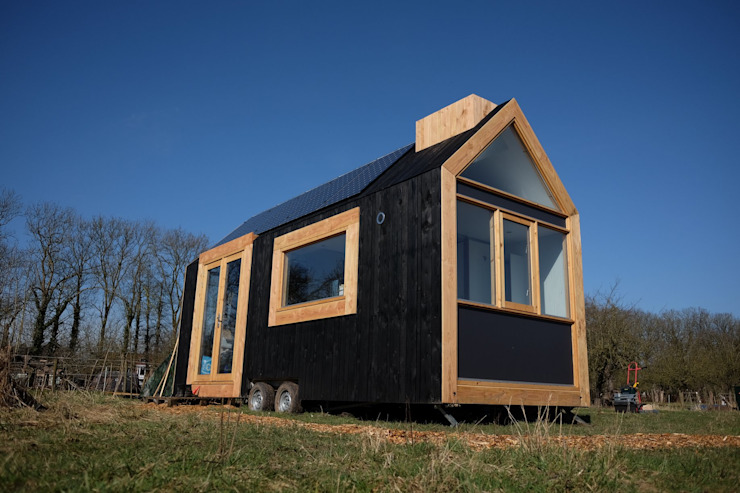 Tiny House Zuidgevel: modern  door Studio D8, Modern
