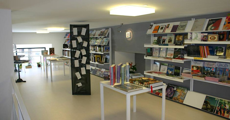 Modern offices & stores by Arch. Della Santa Giorgio Modern