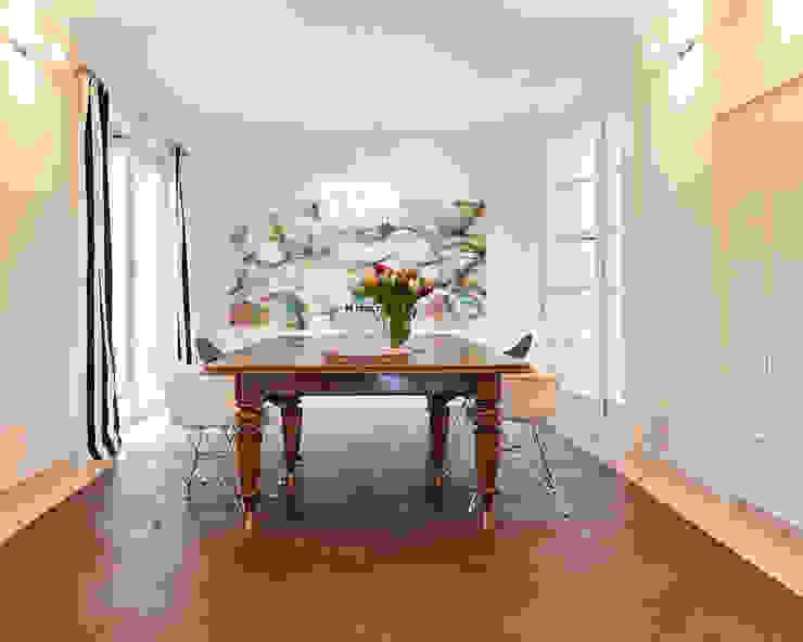 Comedores de estilo moderno de Tschangizian Home Staging & Redesign Moderno