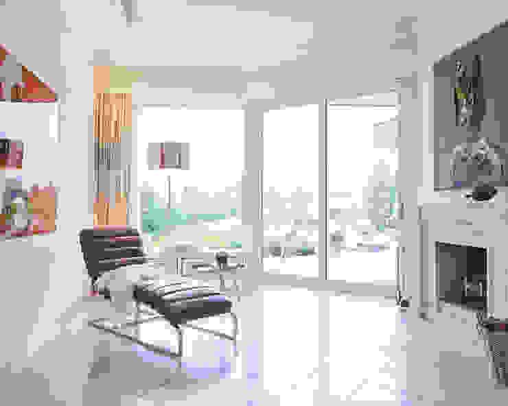 Exponierte Unternehmervilla in Bestlage - Kreativecke Moderne Wohnzimmer von Tschangizian Home Staging & Redesign Modern