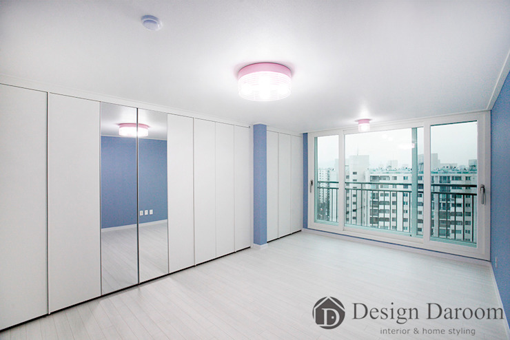 광장동 현대홈타운 12차 55평형 침실 모던스타일 미디어 룸 by Design Daroom 디자인다룸 모던