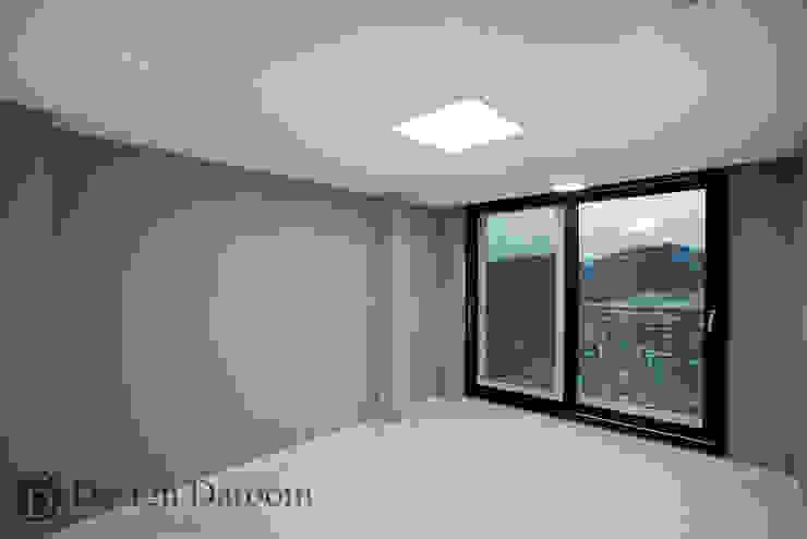광장동 현대홈타운 12차 55평형 침실 모던스타일 서재 / 사무실 by Design Daroom 디자인다룸 모던