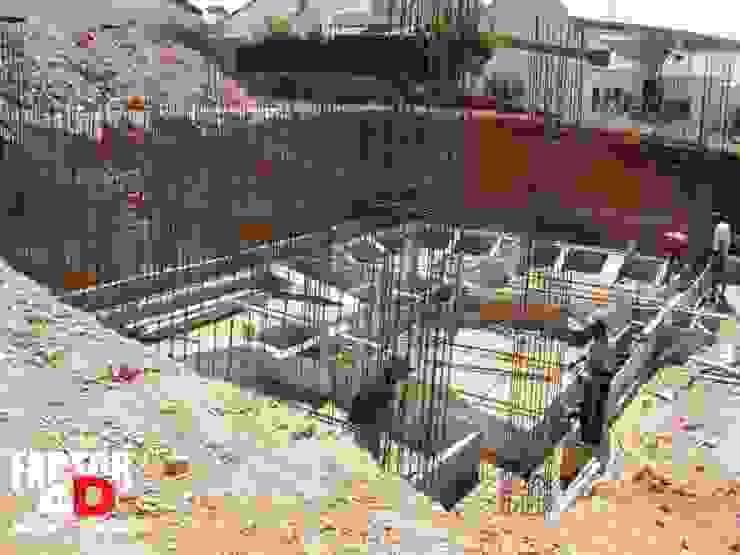 Exterior#002 por Factor4D - Arquitetura, Engenharia & Construção Moderno