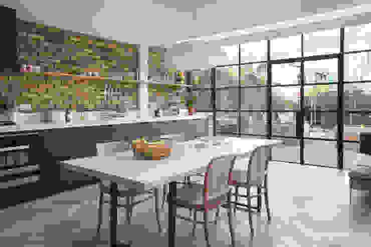 Oakford من Martins Camisuli Architects إنتقائي طوب