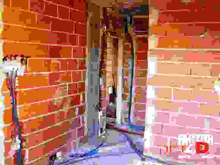 Paredes y pisos de estilo moderno de Factor4D - Arquitetura, Engenharia & Construção Moderno