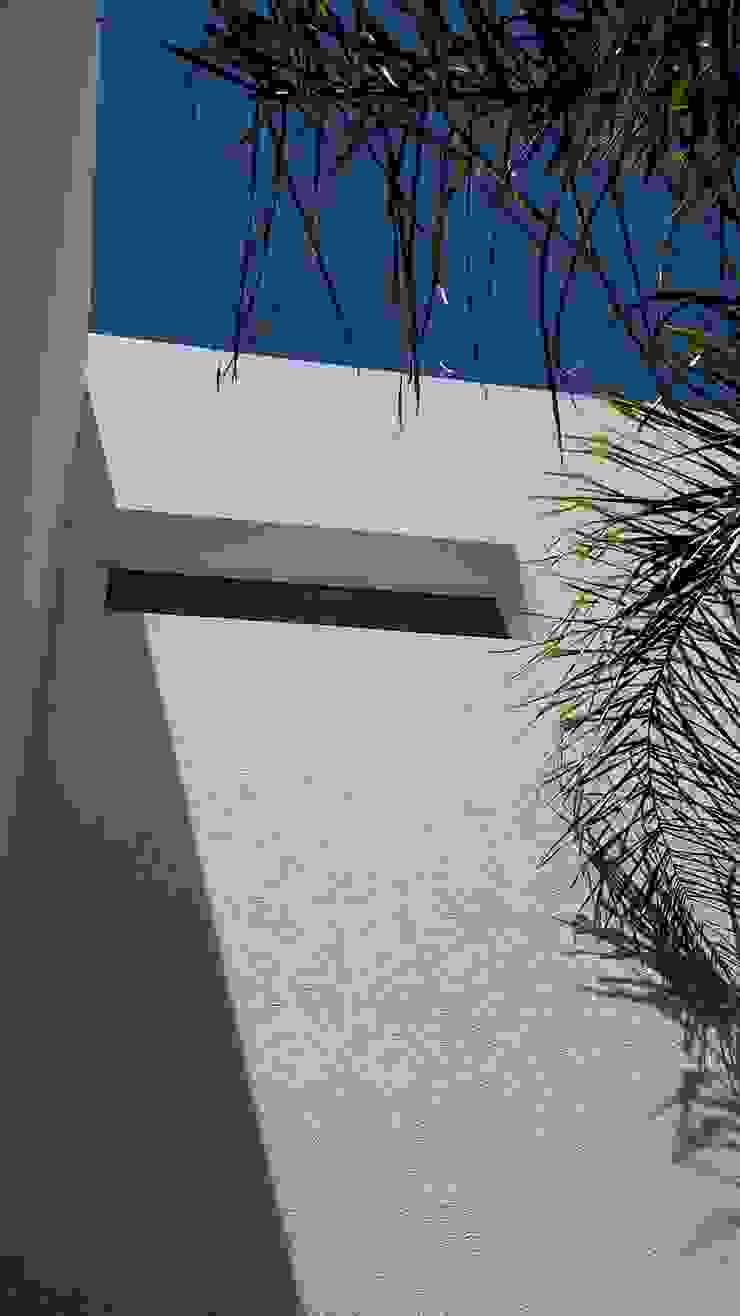 Detalles minimalistas de MOLEarquitectura Moderno Cuarzo