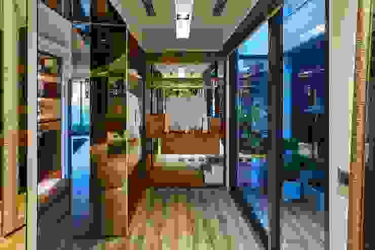 Dressing room by 澤序空間設計有限公司, Modern