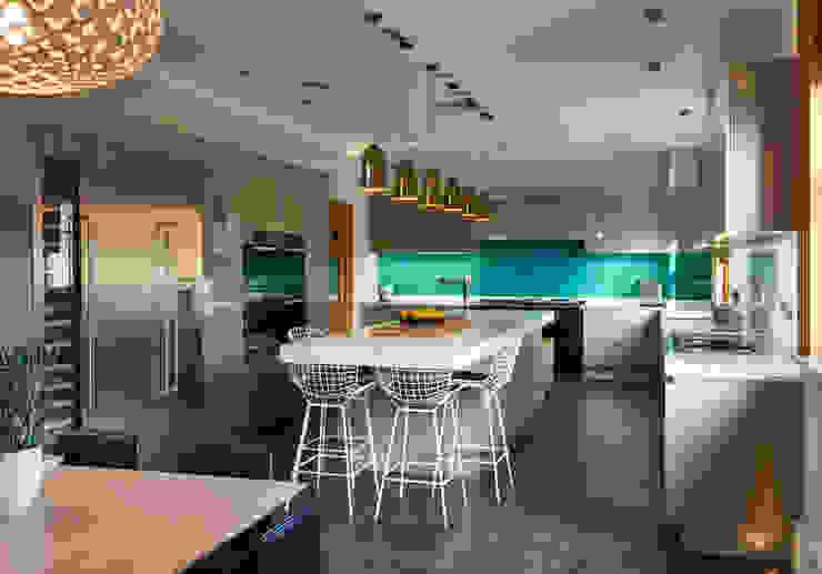 SHROPSHIRE Suzanne Tucker Interiors KitchenCabinets & shelves Green