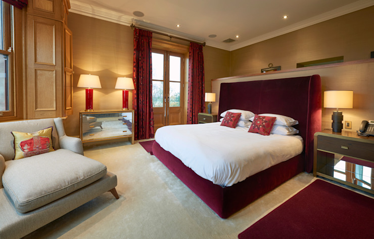 SHROPSHIRE Suzanne Tucker Interiors BedroomBeds & headboards Red