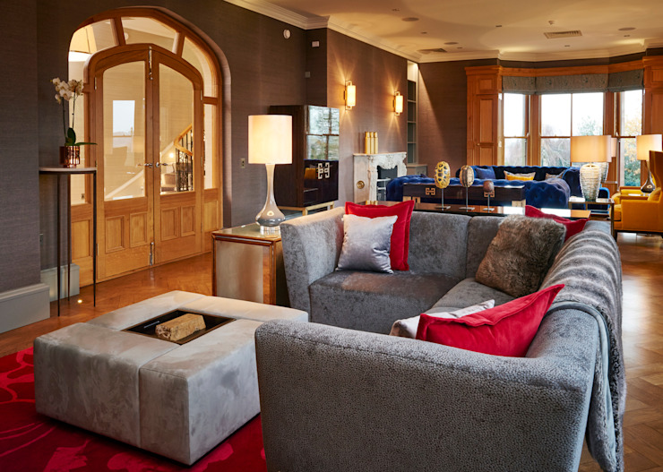 SHROPSHIRE Suzanne Tucker Interiors Living roomSofas & armchairs Grey
