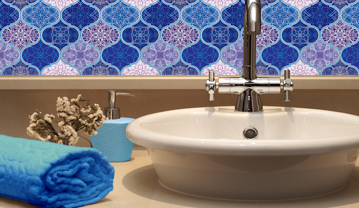 Classic style bathroom by Shiny Glass Tiles Classic