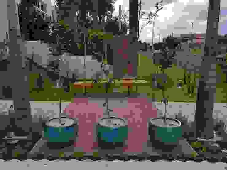 Jardines de estilo tropical de Arquiteto Danilo Malvezzi Tropical