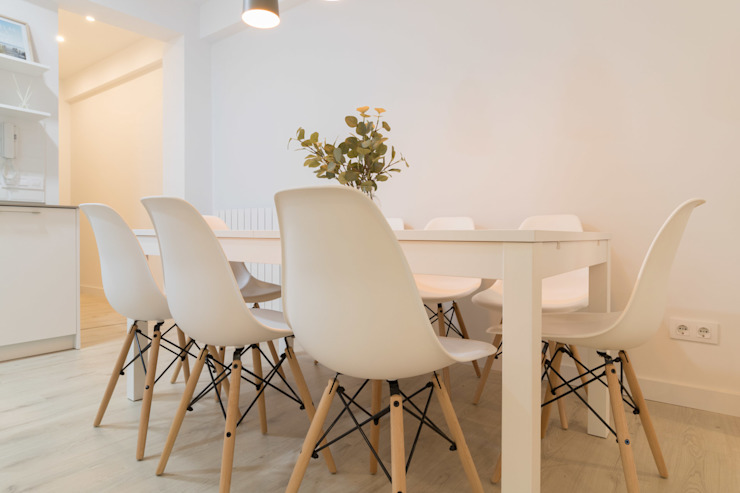 Become a Home Scandinavian style dining room