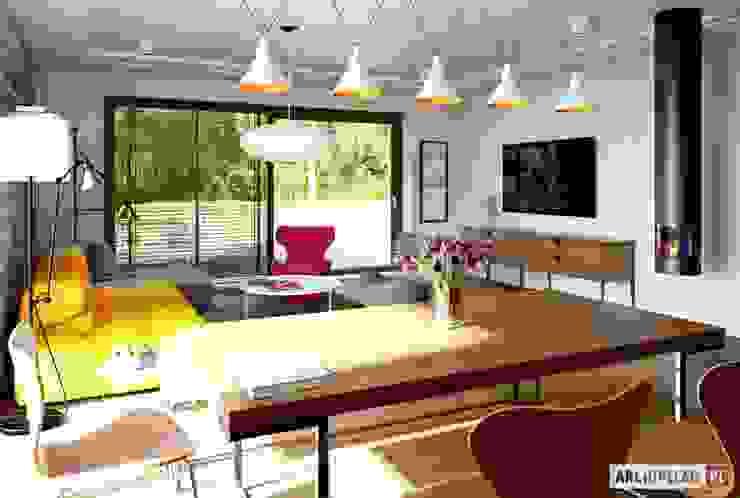 Sam II G2 ENERGO PLUS – nowoczesny dom z otwartą strefą dzienną i dwoma tarasami Nowoczesna jadalnia od Pracownia Projektowa ARCHIPELAG Nowoczesny