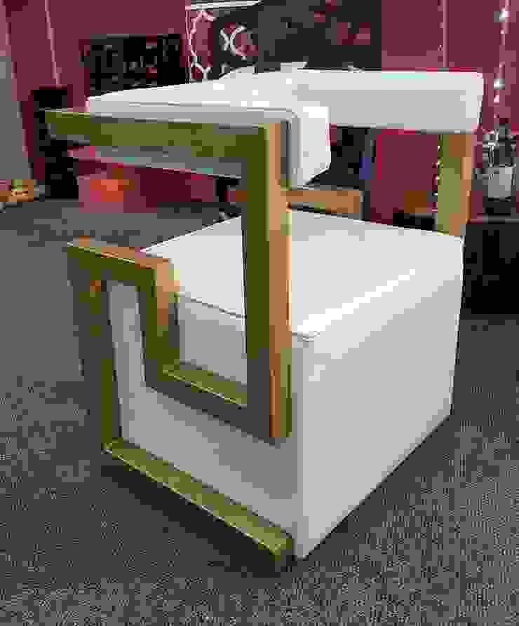 Cube Chair: modern  by Metallica Steel, Modern Iron/Steel