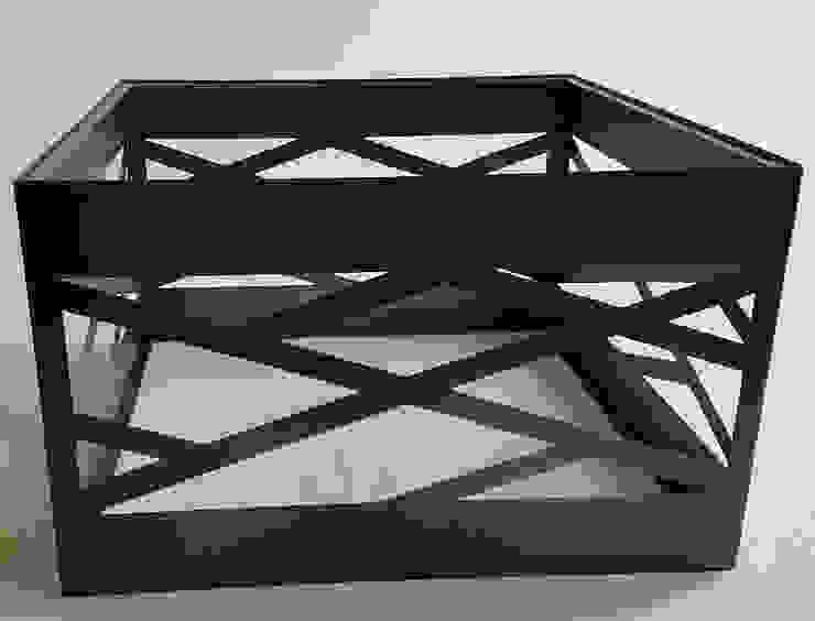 African Table Design: modern  by Metallica Steel, Modern Iron/Steel