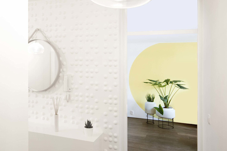 THE DOT: modern  door IRIX, Modern