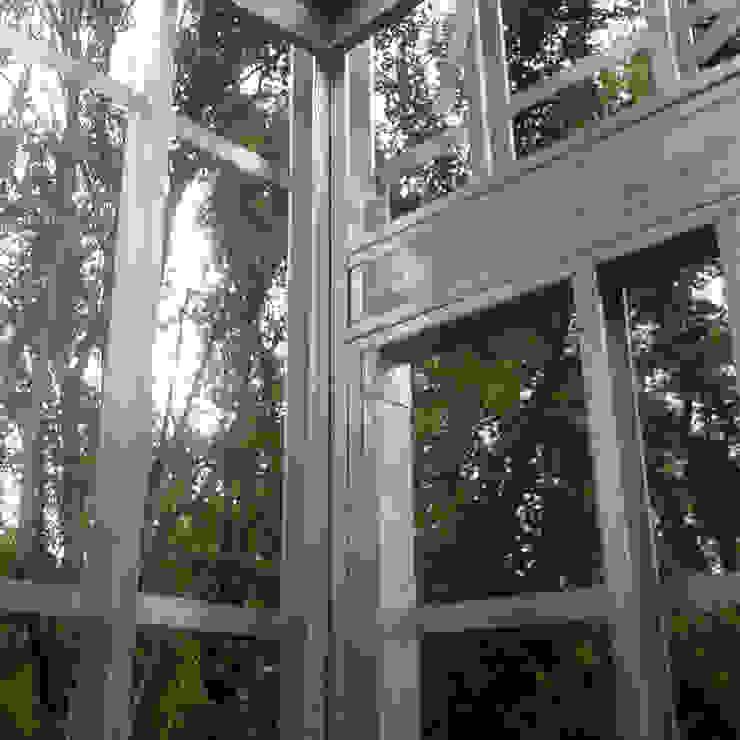 Casas unifamiliares de estilo  por do Arquitectura (Construcción en Steel Framing y SIPANEL), Minimalista