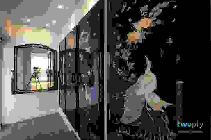 디자이너의 집 미니멀 라이프 – 상가주택 인테리어: 디자인투플라이의  복도 & 현관