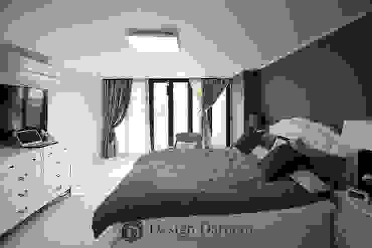 광장동 현대홈타운 53평형 안방 모던스타일 미디어 룸 by Design Daroom 디자인다룸 모던