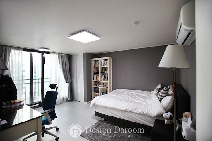 광장동 현대홈타운 53평형 침실 모던스타일 미디어 룸 by Design Daroom 디자인다룸 모던