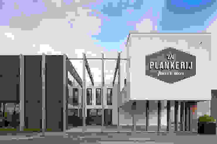Showroom De Plankerij van De Plankerij BVBA Modern Hout Hout