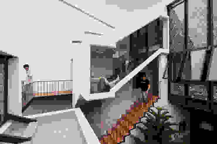 Nhà NỬA MÁI bởi AD+ Châu Á