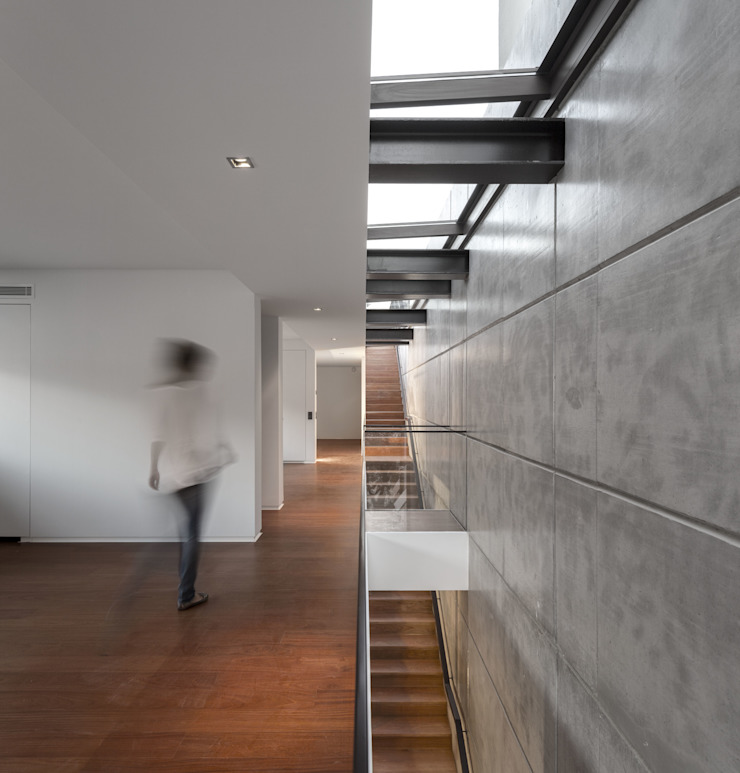 by Manuel Tojal Architects Minimalist