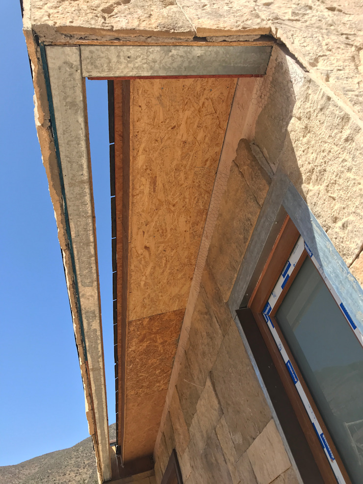 Proceso Terminaciones Vivienda Premium 115m2 Fundo Loreto. Territorio Arquitectura y Construccion - La Serena Parcelas de agrado Compuestos de madera y plástico Acabado en madera