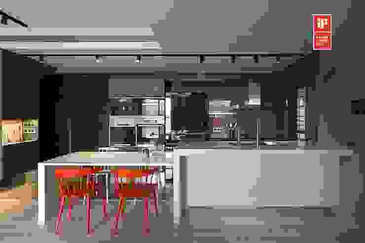 Кухня by 禾光室內裝修設計 ─ Her Guang Design, Сучасний